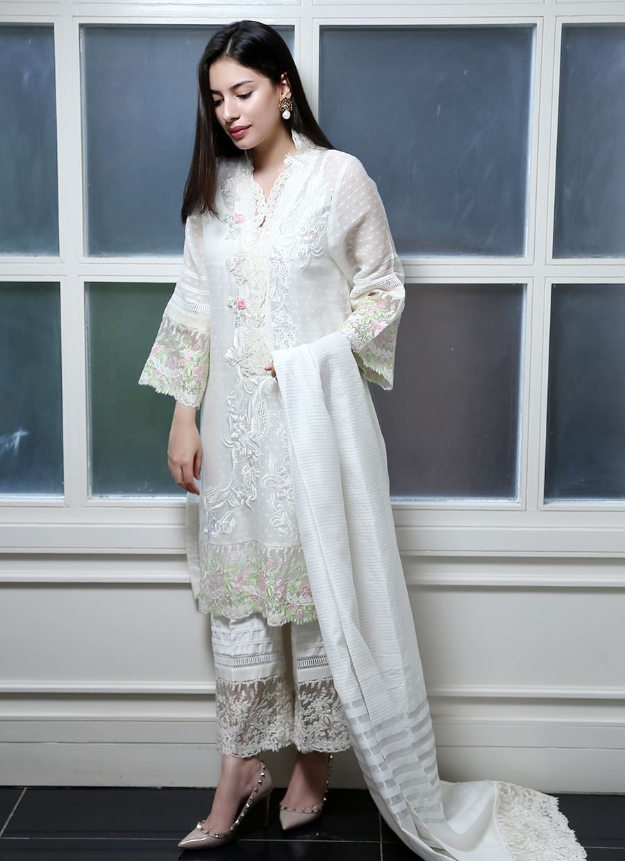 Picture of White cutwork classic